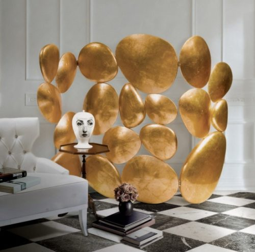 золотистая ширма для комнаты