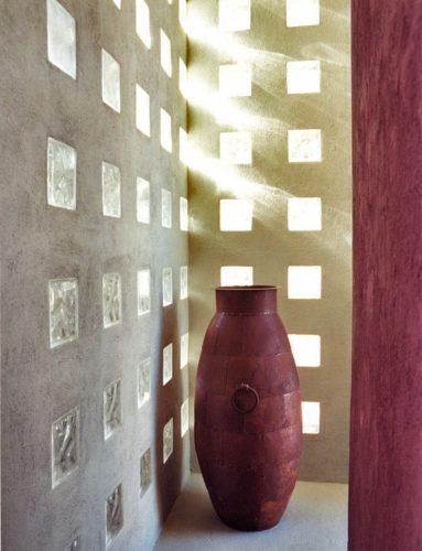стеклоблоки в стене