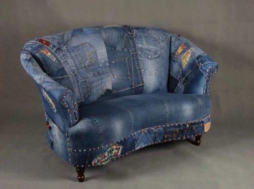 диван из старых джинсов