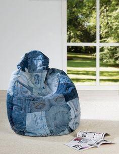 кресло-мешок из старых джинс