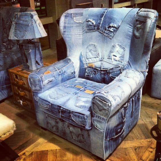 кресло в стиле кантри из джинс