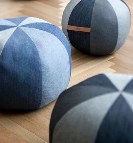 круглые пуфики-мячики из старых джинс