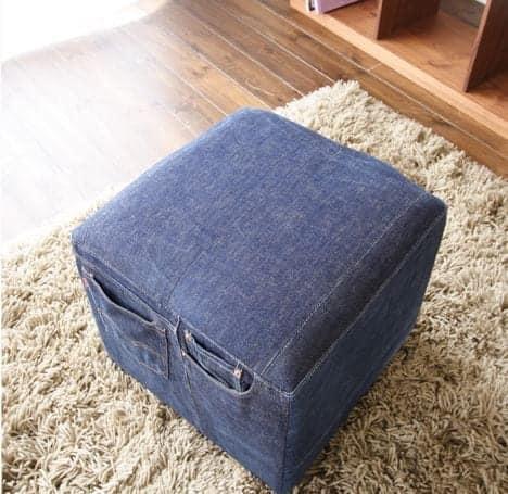 кубический пуф из старых джинс