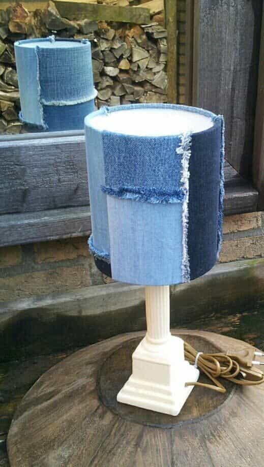 лампа из джинс в интерьере