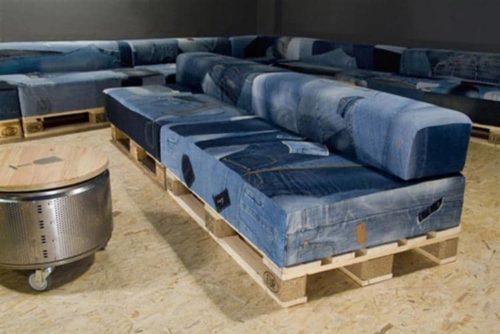 мягкая мебель из старых джинс в стиле кантри