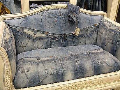 стильный джинсовый диван